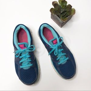 Nike FitSole running sneakers, blue w/ pink swoosh